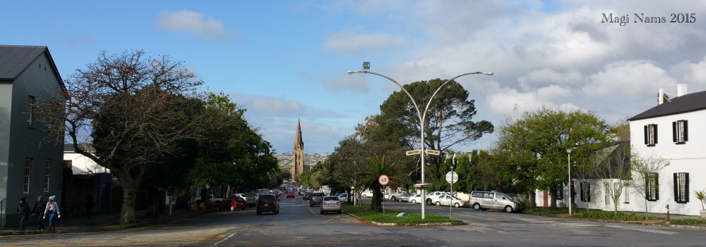 Six Months in South Africa: Great Cell Phone Images of Eastern Cape: High Street, Grahamstown (© Magi Nams)