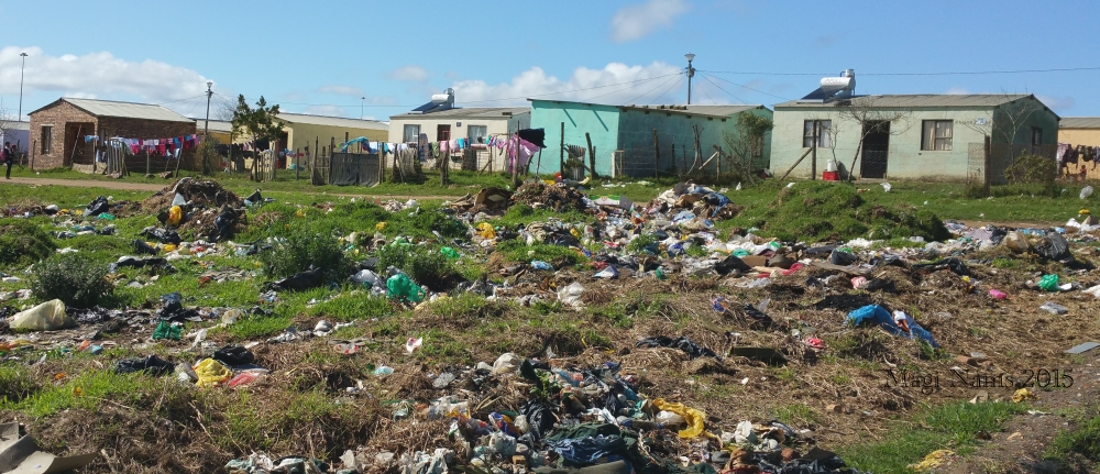Six Months in South Africa: Great Cell Phone Images of Eastern Cape: Joza Township, Grahamstown (© Magi Nams)