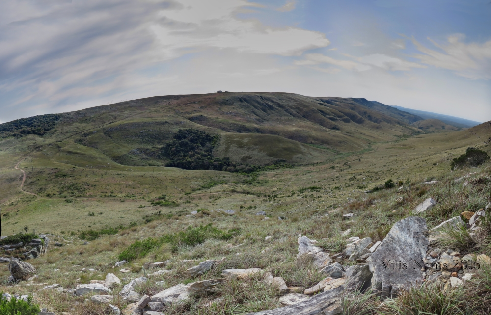 Six Months in South Africa: Hiking Oldenburgia Trail: Featherstone Kloof, seen from Oldenburgia Trail (© Vilis Nams)