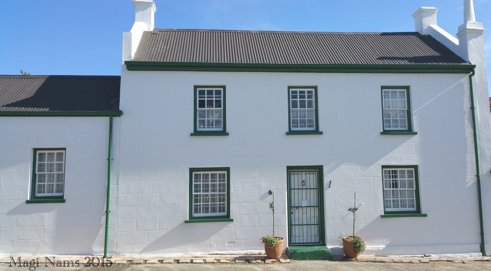 Six Months in South Africa: Settler Architecture in Grahamstown: Settler's Cottage, Grahamstown (© Magi Nams)