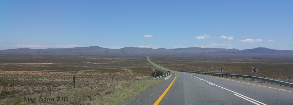 2015.10.21 R61 between Cradock and Graaf-Reinet C_113508_001