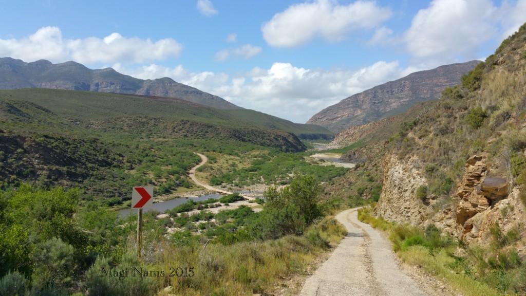 Six Months in South Africa: Cloetes Pass: Cloetes Pass (© Magi Nams)