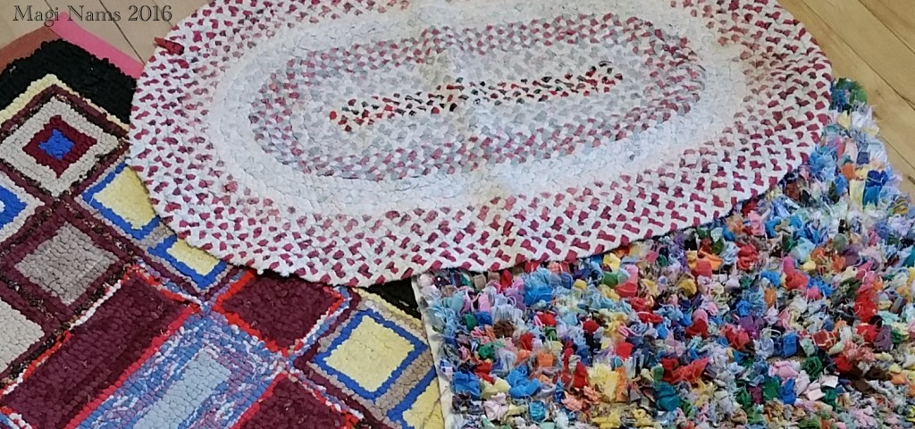 Love Your Planet: Repurpose Old Clothing:Repurpose old clothing to make a scrap rug. (© Magi Nams)