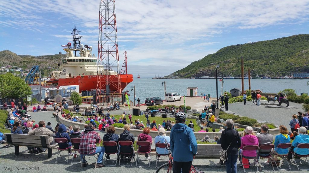 Exploring Canada: St. John's, Newfoundland and Labrador – City on the Eastern Tip of North America: Lunchtime Concert at Harbourside Park (©Magi Nams)