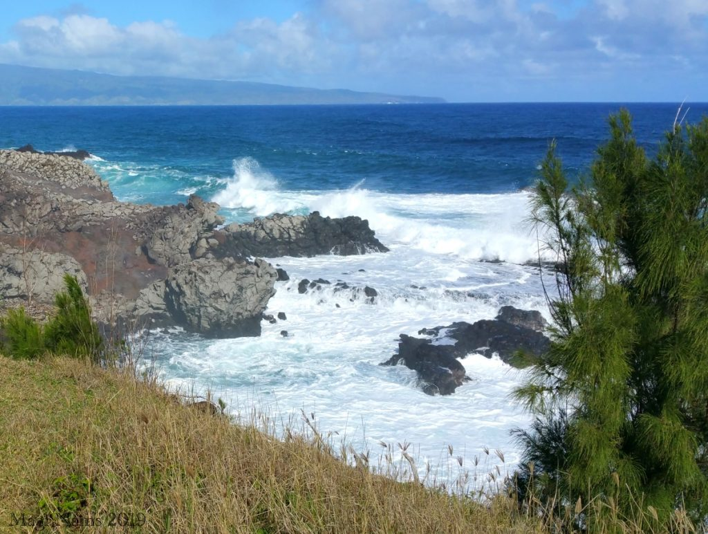 Exploring America: Maui, Hawai'i: Two-tiered Tide Pools of Honolua, West Maui, Hawai'i (© Magi Nams)