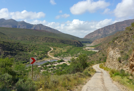 Six Months in South Africa: Cloetes Pass (© Magi Nams)