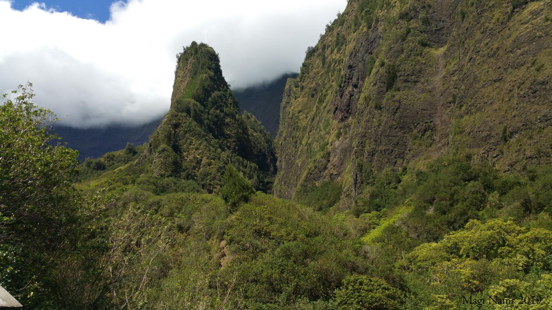 Kūka'emoku ('Īao Needle), Maui, Hawai'i (© Magi Nams)